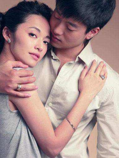 姚晨疑首次回应与凌潇肃离婚:究竟是谁一忍再忍?