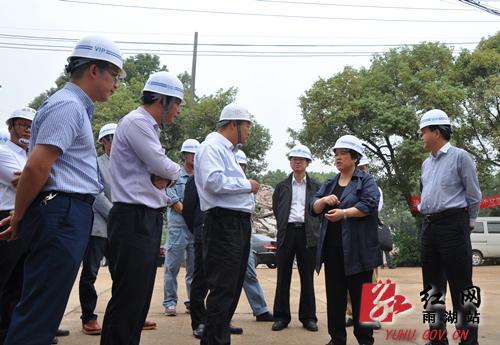 周放良调研湘潭雨湖区杨梅洲大桥项目建设情况