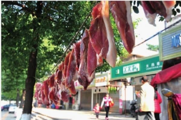 长沙猪肉价连降三周 天气正好腌腊肉灌香肠抓紧咯