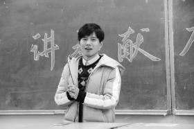 """湖南中医药大学辅导员提供""""叫醒服务"""" 督促分分时时彩"""