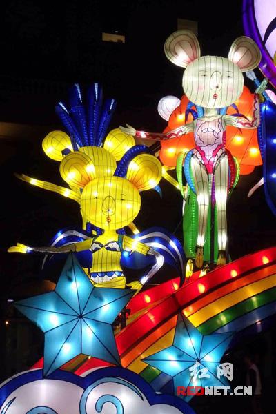 中国传统手绘彩灯