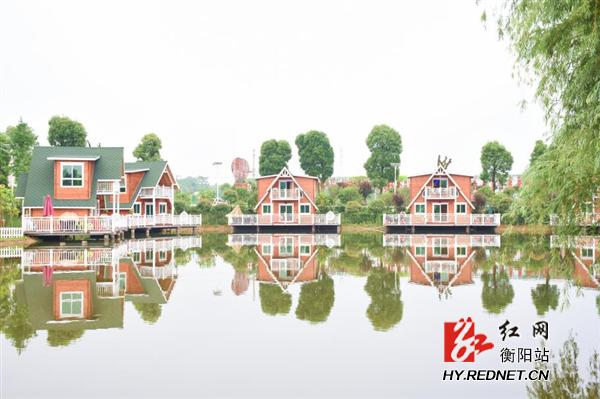 山乡香樟苑农业生态园湖畔边的北欧风情式木屋-产业扶贫改变衡阳市