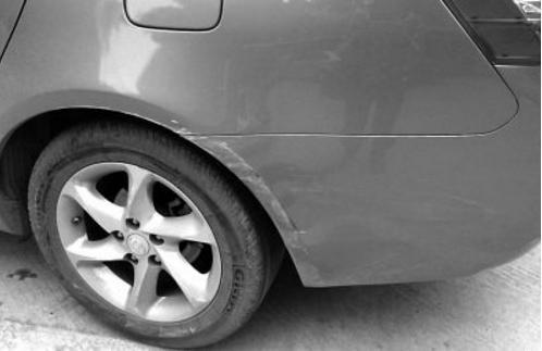 遇窄道就心慌了?老司机告诉你通过窄道的技巧!