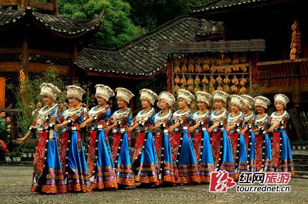 贵州苗族歌舞