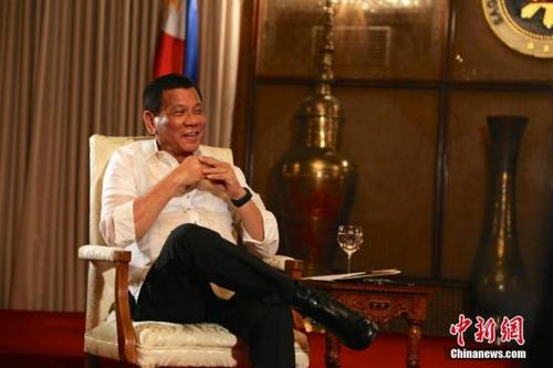 菲总统提交2018年度预算案