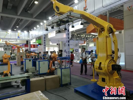 业界人士:未来五至十年中国或将迎来机器人发展黄金期