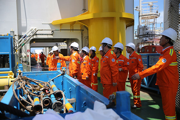 Combustible ice heralds clean energy