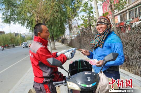 """电商西藏物流提速拉萨市区首次实现""""当日达"""""""