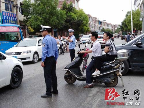 宁远交警圆满完成国庆中秋道路交通安保任务