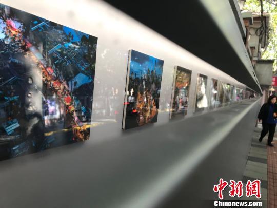 """3厘米缝隙看老时光上海街头现""""微型美术馆"""""""