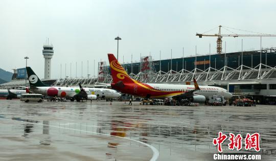 三亚国际及地区航线旅客吞吐量增长迅猛