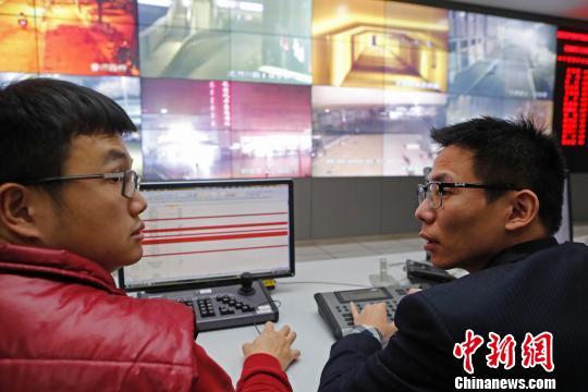 寒潮来袭上海加大对流浪、乞讨等人员救助力度