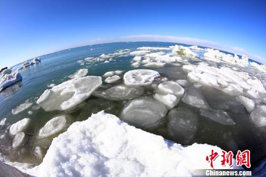 青海湖叫停机动车上冰面等三类行为