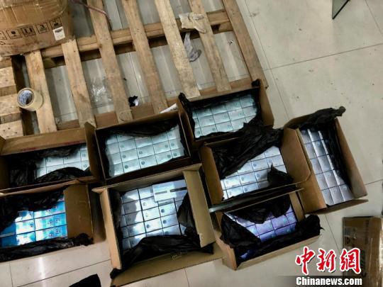 上海破获侵权假冒、非法经营类案件近百起、案值2.3亿元