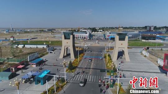 新疆霍尔果斯借口岸优势助力经济快速发展