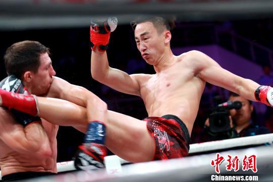 昆仑决世界极限格斗大赛章丘站落幕王文峰获61.5KG世界冠军
