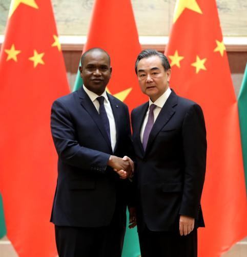 中国与布基纳法索复交的联合公报(全文)
