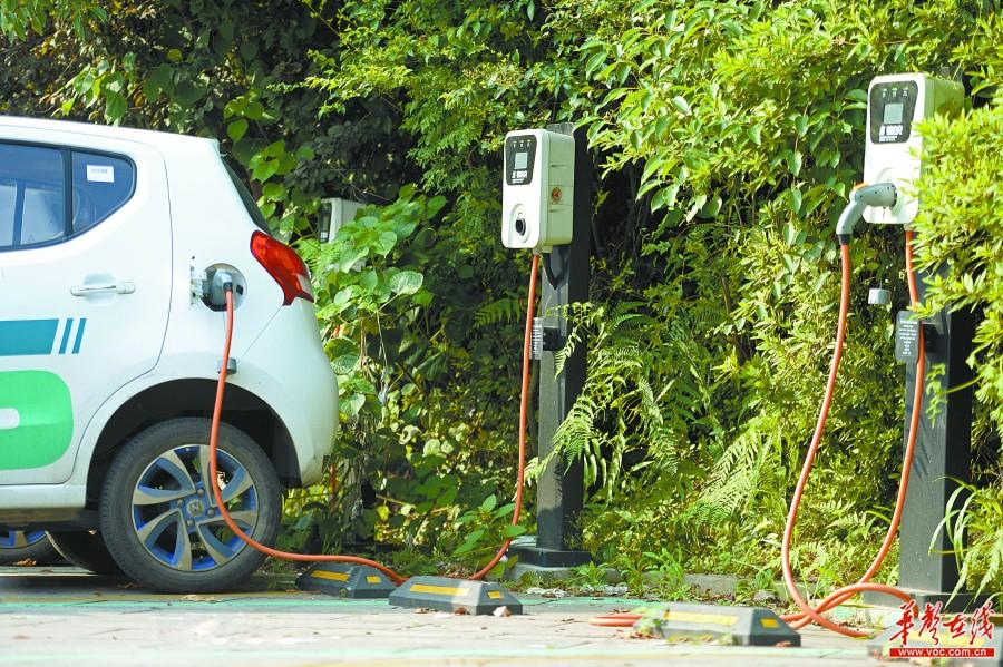 家用充电桩难安装 新能源汽车充电基础