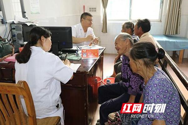 """江华:""""病人不跑专家跑"""" 县域医共体提升群众获得感"""