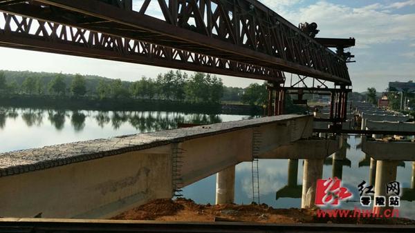 新人民桥预计今年10月底全幅通车