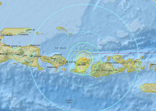 印度尼西亚发生7.0级地震震源深度10.5公里