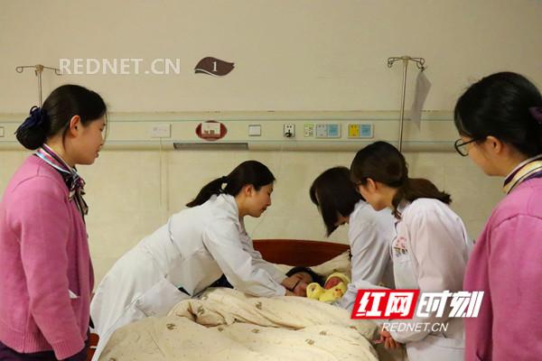 永州市妇幼保健院唐敏:用爱守护一个个新生命