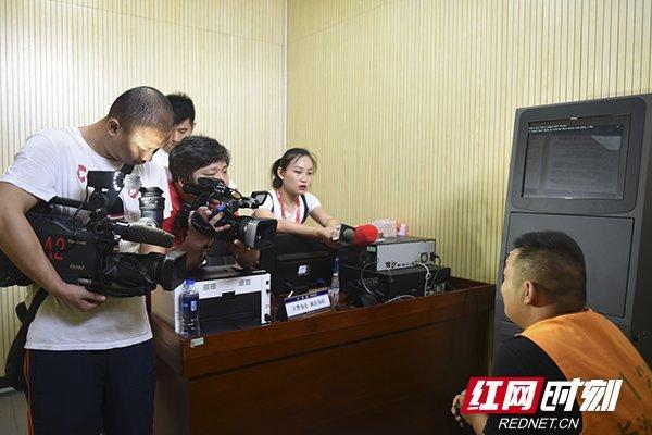 上百人贩子来长沙县系谣言!造谣者被行拘