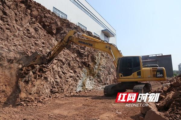 """【产业项目建设年】永州经开区:国庆项目建设""""快马加鞭"""""""