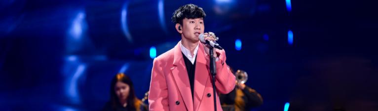 """林俊杰重绎《雪落下的声音》 展现""""金碧辉煌""""_娱乐频道_亚博"""