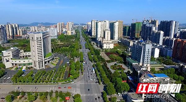 【壮阔东方潮】湘潭城市建设和管理取得丰硕成果