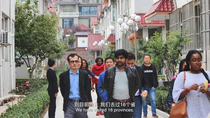 """【中国那些事儿】""""一句话一辈子"""" 巴新记者的中国情"""