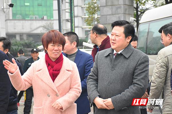 刘志仁调研金旺铋系药业.jpg