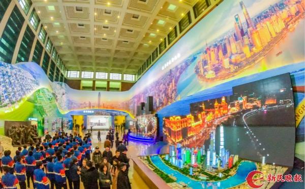 """""""庆祝改革开放40周年大型展览""""开放首日"""