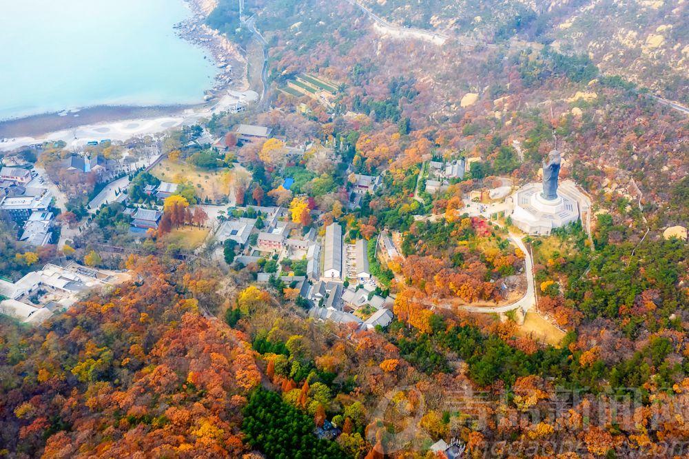 高清:航拍冬日的崂山太清宫